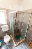 Ванная комната. Черногория, Зеленика : Апартамент с 2-мя отдельными спальнями, с террасой