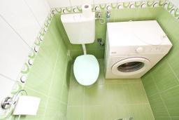 Ванная комната. Черногория, Герцег-Нови : Студия для 2 человек