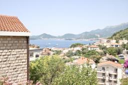 Вид на море. Черногория, Святой Стефан : Студия для 2 человек, с балконом с видом на море