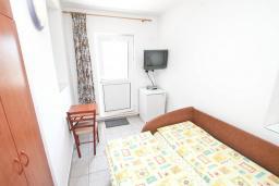 Студия (гостиная+кухня). Черногория, Герцег-Нови : Студия для 1-2 человек с балконом и видом на море