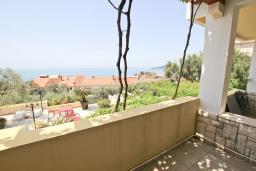Вид на море. Черногория, Святой Стефан : Студия с видом на море