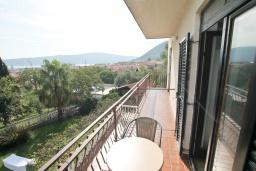Балкон. Черногория, Биела : Студия для 2-3 человек, с балконом с видом на море