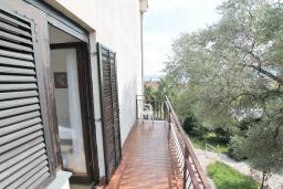 Балкон. Черногория, Биела : Студия для 2 человек, с балконом с видом на море
