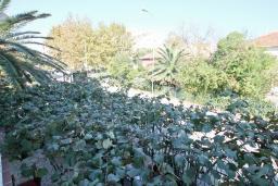 Вид. Черногория, Тиват : Студия с балконом в центре Тивата