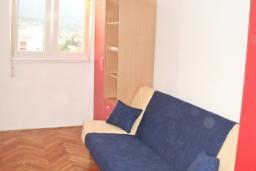 Спальня 3. Черногория, Бар : Апартамент с гостиной, тремя спальнями, двумя санузлами и балконами