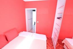 Bed room. Montenegro, Rafailovici : Apartment with 1 bedroom in Rafailovici