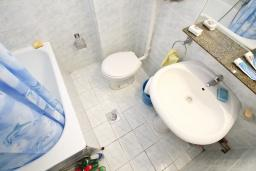 Bath room. Montenegro, Rafailovici : Apartment with 1 bedroom in Rafailovici