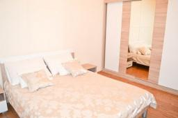 Bed room. Montenegro, Djenovici : Apartment with 1 bedroom in Djenovici