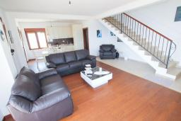 Living room. Montenegro, Petrovac : Villa with 3 bedrooms in Petrovac for 7 guests