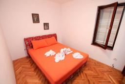 Bed room 2. Montenegro, Petrovac : Apartment with 2 bedrooms in Petrovac