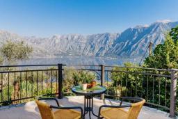 Вид на море. Черногория, Муо : Вилла с бассейном и шикарным видом на море, гостиная, 6 спален, 3 ванные комнаты, Wi-Fi