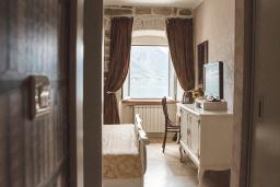 Спальня. Черногория, Доброта : Стандартный номер