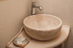 Ванная комната. Черногория, Доброта : Стандартный номер