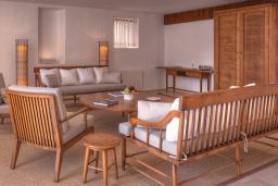 Гостиная. Черногория, Святой Стефан : Two Bedrooms Grand Suite