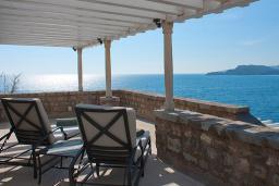 Вид на море. Черногория, Святой Стефан : Adriatic Suite