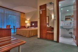 Спальня. Черногория, Петровац : Double room Superior A3