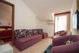 Гостиная. Черногория, Будва : Апартаменты