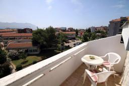 Балкон. Черногория, Будва : Апартаменты
