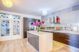 Kitchen. Montenegro, Budva : Villa with 9 bedrooms in Budva for 15 guests
