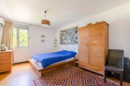 Спальня 4. Черногория, Ульцинь : Вилла с панорамным видом на море и красивым дизайном, 4 спальни, 2 ванные комнаты, две большие террасы, паркоместо