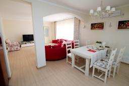 Living room. Montenegro, Susanj : Villa with 5 bedrooms in Susanj for 10 guests