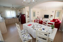 Dining area. Montenegro, Susanj : Villa with 5 bedrooms in Susanj for 10 guests