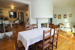 Dining area. Montenegro, Herceg-Novi : Villa with 3 bedrooms in Herceg-Novi for 7 guests