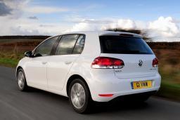 Volkswagen Golf VI 1.6 автомат : Черногория