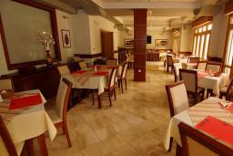 Кафе-ресторан. Stella di Mare 4* в Бечичи
