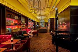 Кафе-ресторан. Regent Porto Montenegro 5* в Тивате
