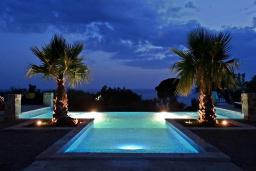 Swimming pool. Montenegro, Sutomore : Villa with 2 bedrooms in Sutomore for 6 guests