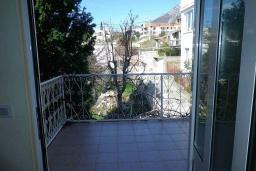 Балкон. Черногория, Сутоморе : Двухэтажный дом с двориком, 3 спальни, 2 ванные комнаты