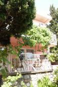 Фасад дома. Черногория, Сутоморе : Двухэтажный дом с двориком, 3 спальни, 2 ванные комнаты