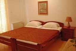 Студия (гостиная+кухня). Черногория, Будва : Апартаменты-студио с видом на море