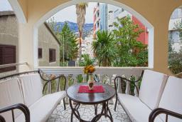 Балкон. Черногория, Будва : Апартаменты с 2 спальнями и балконом