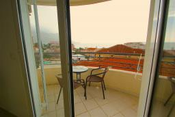 Балкон. Черногория, Бечичи : Студия с балконом и видом на море