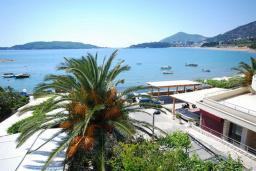 Вид на море. Черногория, Рафаиловичи : Апартамент №20 с отдельной спальней и видом на море (APP 02+2 SV)