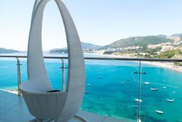 Балкон. Черногория, Рафаиловичи : Апартамент с тремя спальнями и видом на море (GRANDE APP 08 SV)
