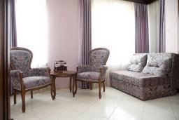 Гостиная. Черногория, Будва : Апартамент с отдельной спальней и балконом (№404 APP 03)