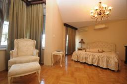 Гостиная. Черногория, Будва : Апартамент с отдельной спальней и балконом с частичным видом на море (№600 APP 04+1)