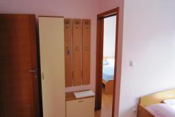 Спальня. Черногория, Будва : Апартамент с отдельной спальней (№7 APP 04)
