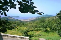 Вид на море. Черногория, Будва : Каменный домик в комплексе с бассейном и видом на море, барбекю, парковка, Wi-Fi