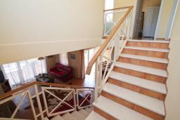 Stairs. Montenegro, Bigova : Villa with 3 bedrooms in Bigova for 9 guests
