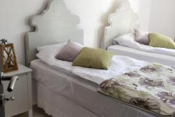 Bed room 2. Montenegro, Zanjice & Miriste : Villa with 4 bedrooms in Zanjice & Miriste for 8 guests