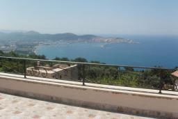 Вид на море. Черногория, Шушань : Современная вилла с бассейном и видом на море, 3 спальни, барбекю, парковка, Wi-Fi