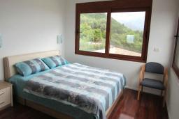 Спальня 2. Черногория, Шушань : Современная вилла с бассейном и видом на море, 3 спальни, барбекю, парковка, Wi-Fi