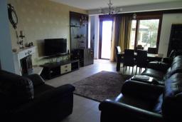 Living room. Montenegro, Susanj : Villa with 4 bedrooms in Susanj for 10 guests