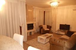 Living room. Montenegro, Susanj : Villa with 3 bedrooms in Susanj for 6 guests