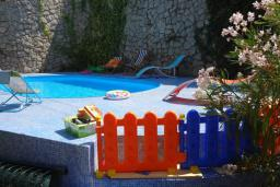 Swimming pool. Montenegro, Budva : Villa with 4 bedrooms in Budva for 8 guests