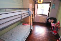 Спальня 2. Черногория, Доброта : Уютный апартамент в 40 метрах от моря, с гостиной, двумя спальнями и террасой